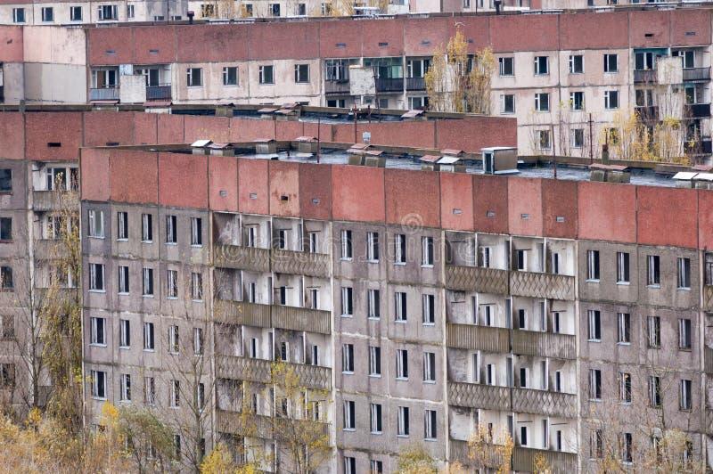 La zona de exclusión de la ciudad de Pripyat del alto vacia el edificio abandonado Autumn Time Chernobyl, Ucrania imágenes de archivo libres de regalías