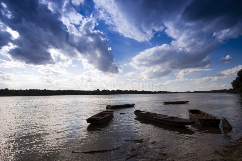 Laars in de rivier stock foto
