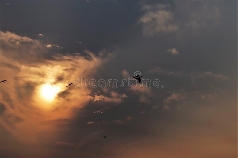 Laat in de dag op een bewolkte dag in China stock afbeeldingen