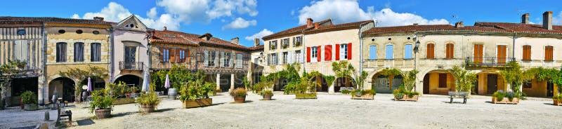 Labastide d阿曼那白兰地全景皇家正方形  免版税库存照片