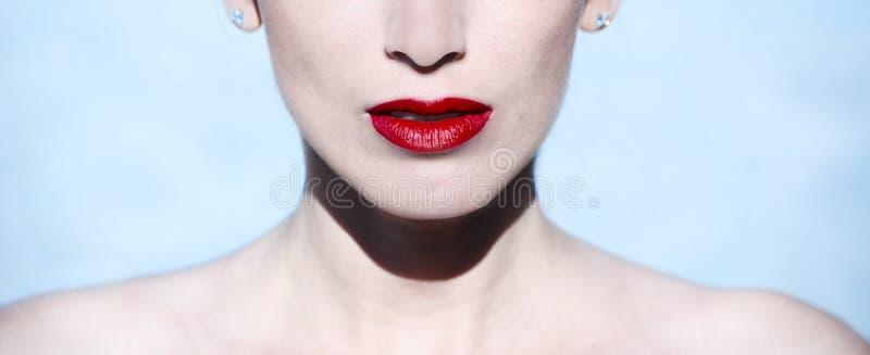 Labbra del ` s della donna immagine stock libera da diritti