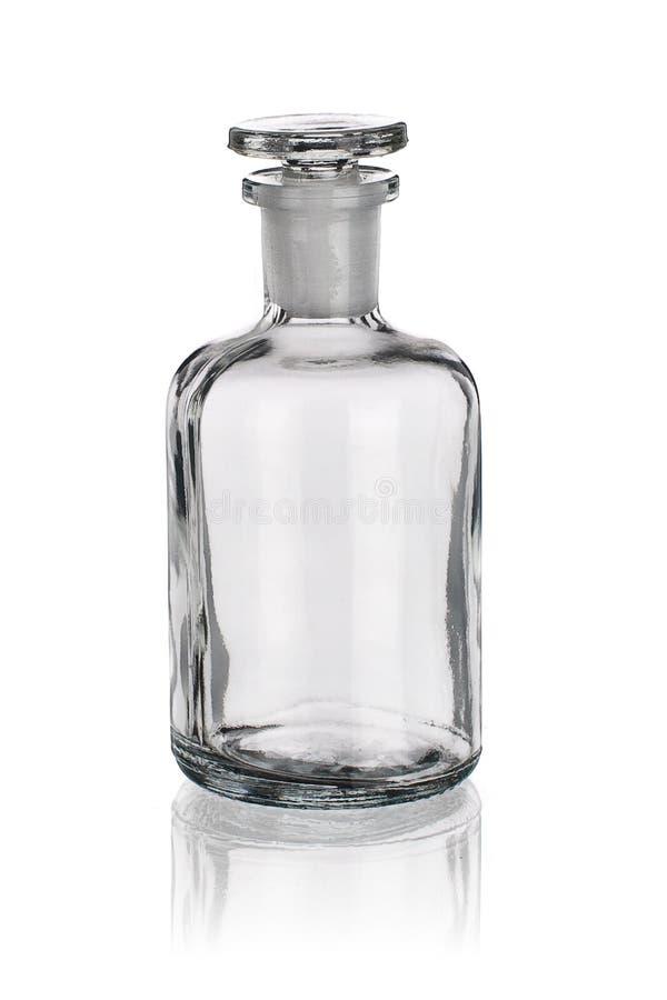 Laborancka szklana dawka odizolowywająca na bielu zdjęcia royalty free