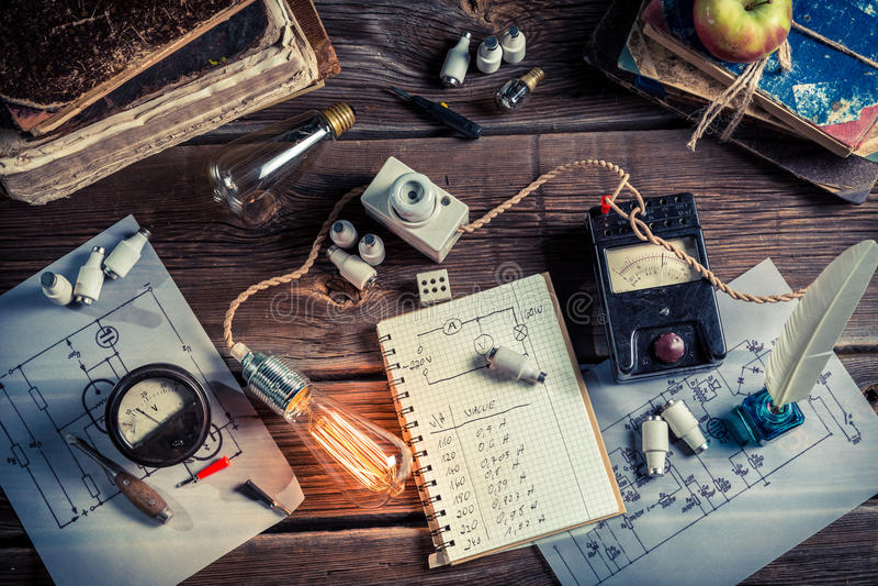 Laboratório de física de Vinateg em bonde técnico fotografia de stock royalty free