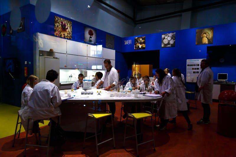Laboratórios em Nemo Science foto de stock royalty free