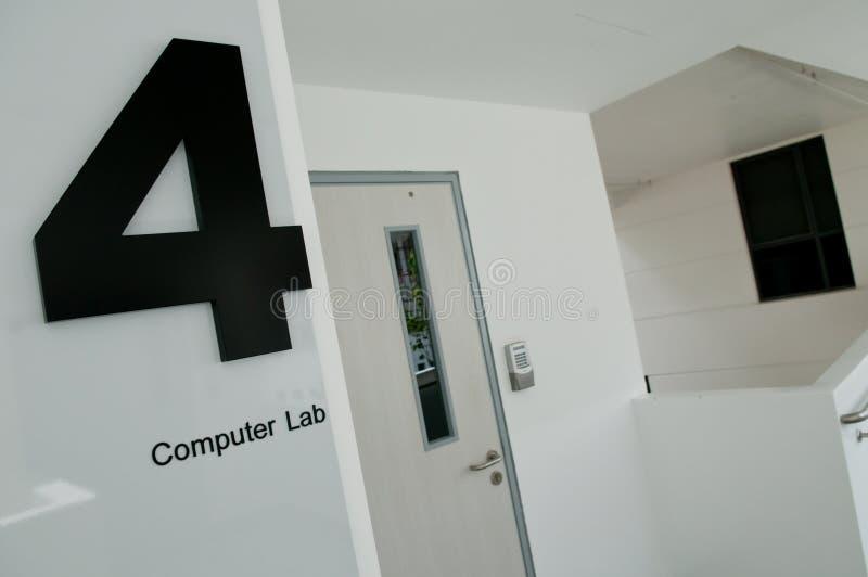 Laboratoire 4 d'ordinateur photo stock