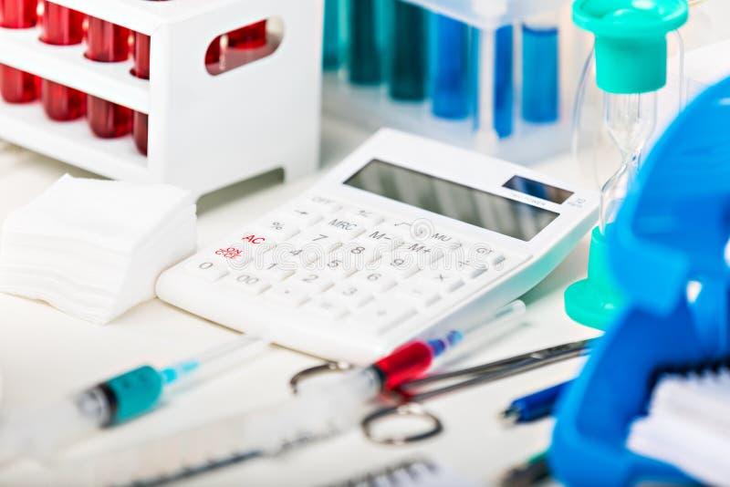 laboratoire chimique de matériel photographie stock libre de droits