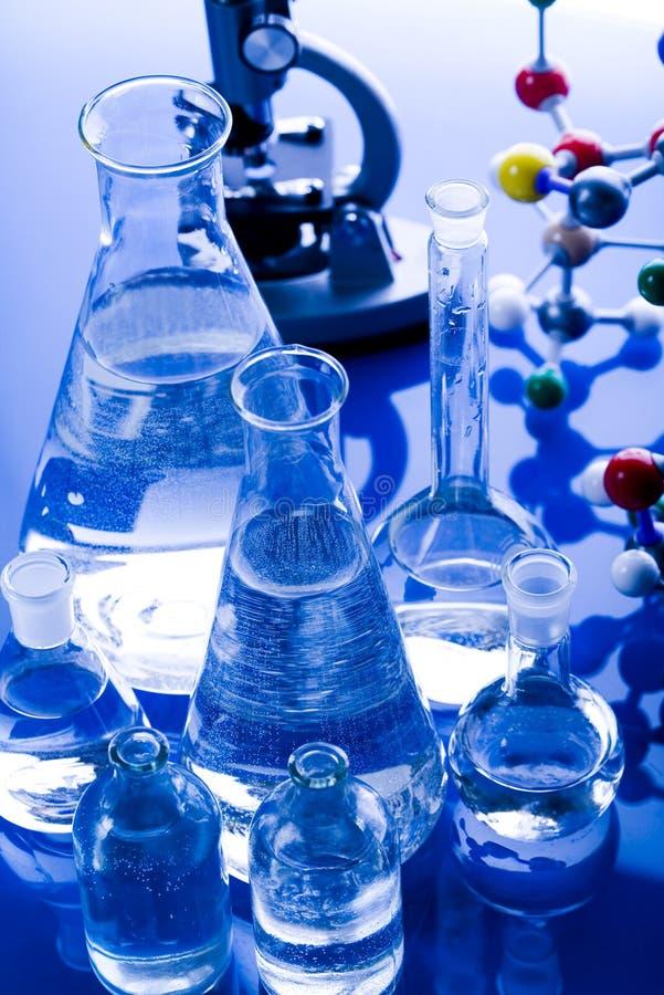 Download Laboratoire en verre photo stock. Image du élément, acide - 8670042