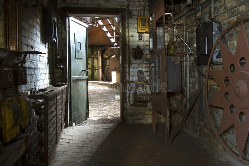 Laboratorio in vecchia fabbrica fotografia stock libera da diritti