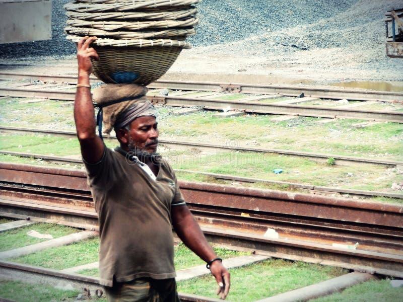 Laborour di giorno che lavora in Bangladesh immagine stock libera da diritti