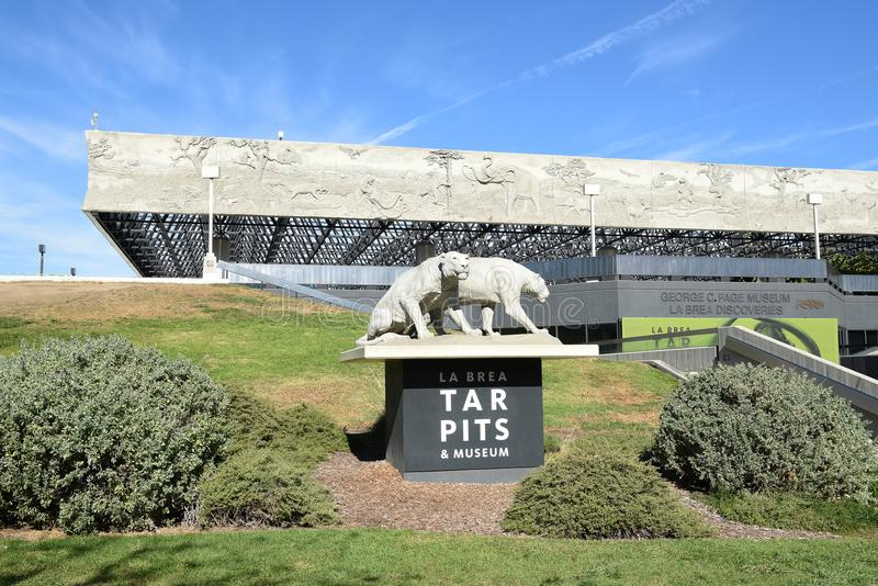 LaBrea Tar Pits George Page museum royaltyfri foto