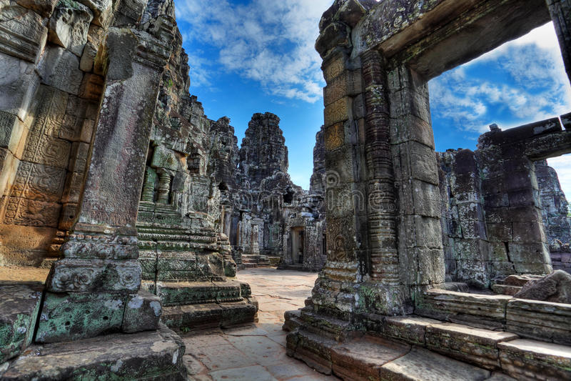 Labyrinth des bayon Tempels - Kambodscha (HDR) lizenzfreies stockfoto