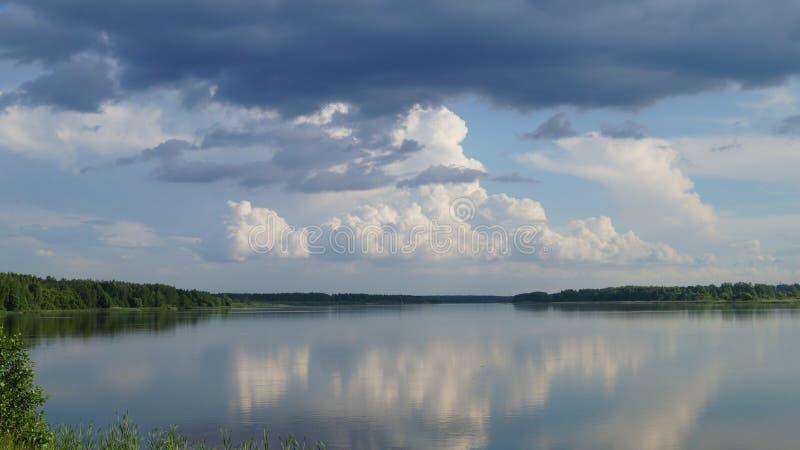Lac agréable photographie stock