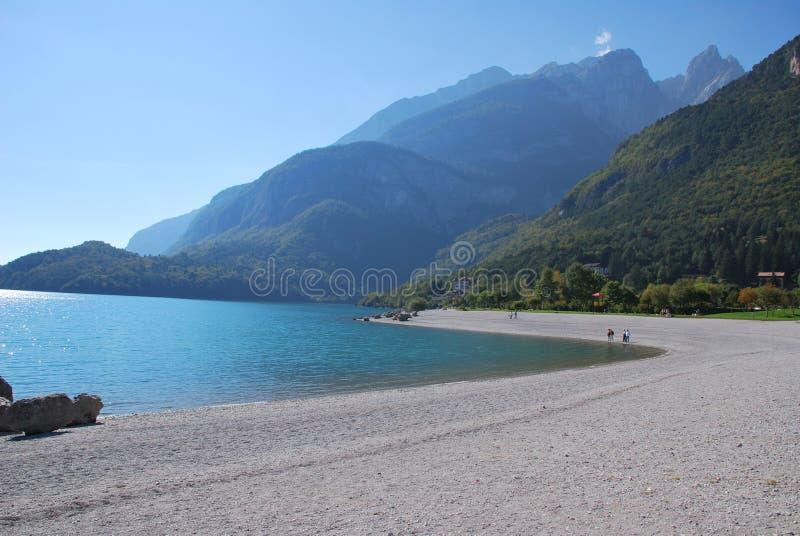 Lac alp en Italie image libre de droits