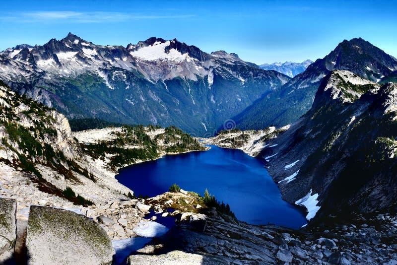Lac alpestre images stock