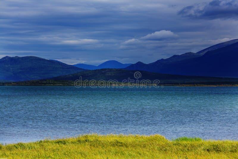 Download Lac au Canada image stock. Image du récréation, pittoresque - 76076535