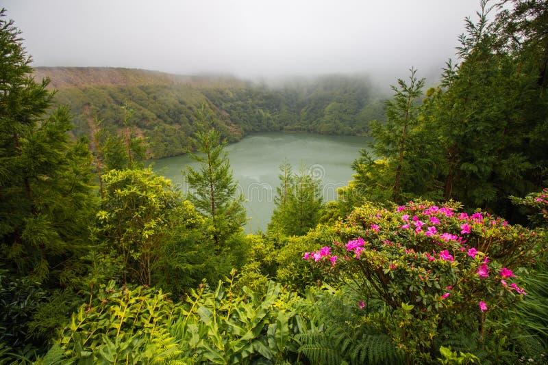 Lac aux Açores photos libres de droits