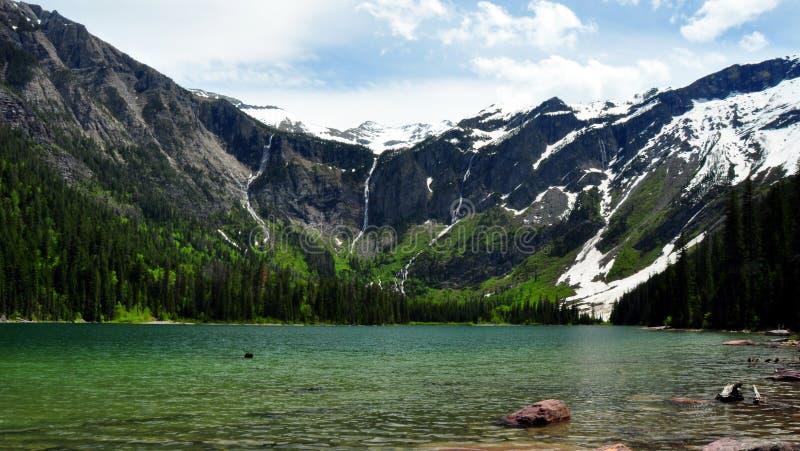 Lac avalanche. Stationnement national de glacier photo stock