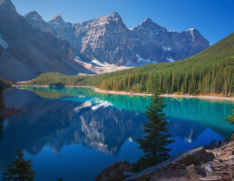 Lac Banff Alberta moraine image stock