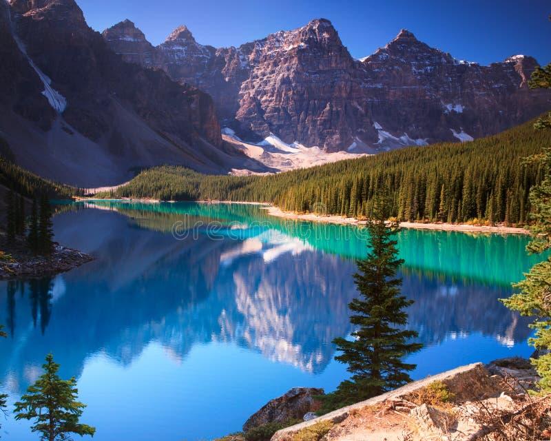 Lac Banff Alberta moraine photo libre de droits