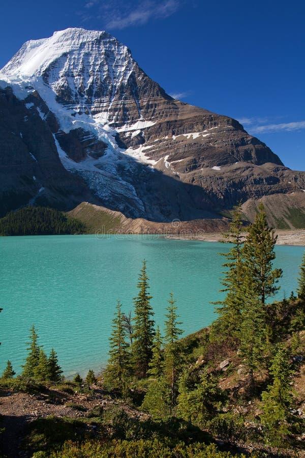 Lac berg photographie stock libre de droits
