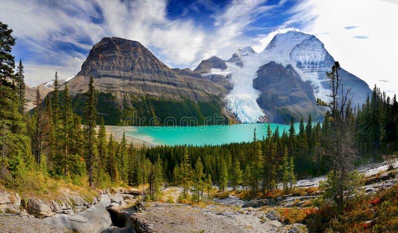 Lac berg, glacier, bâti Robson Park, Canadien les Rocheuses images libres de droits