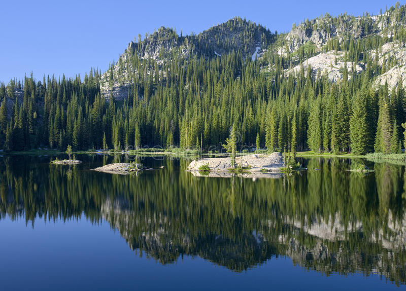 Lac bleu près de cascade Idaho image libre de droits
