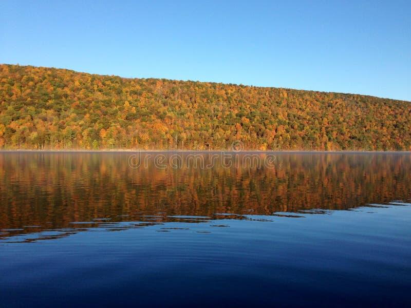 Lac Canadice, un de lacs finger de New York photo stock