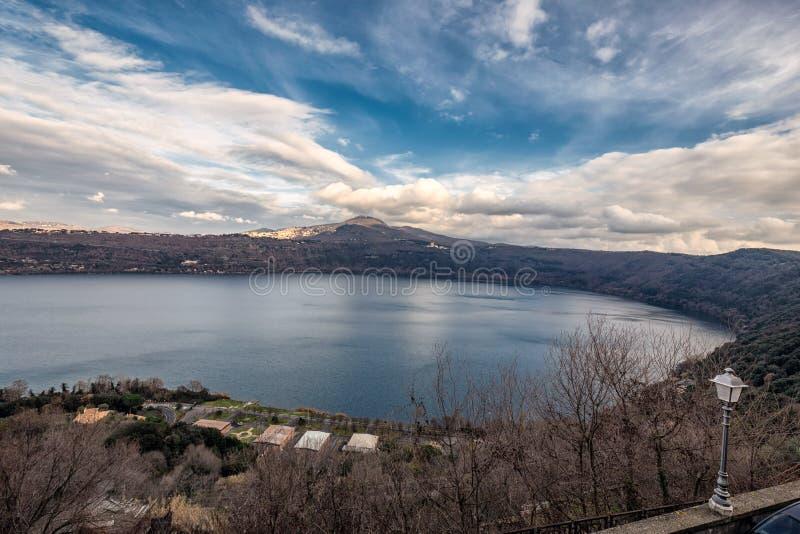 Lac Castel Gandolfo images stock
