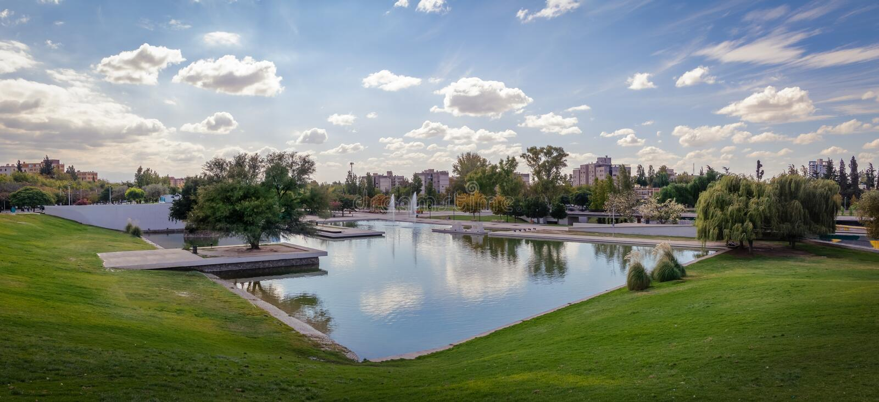 Lac central Park de Parque - Mendoza, Argentine photo stock