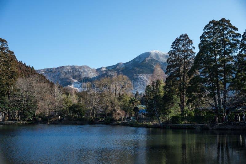 Lac chez Yufuin photographie stock