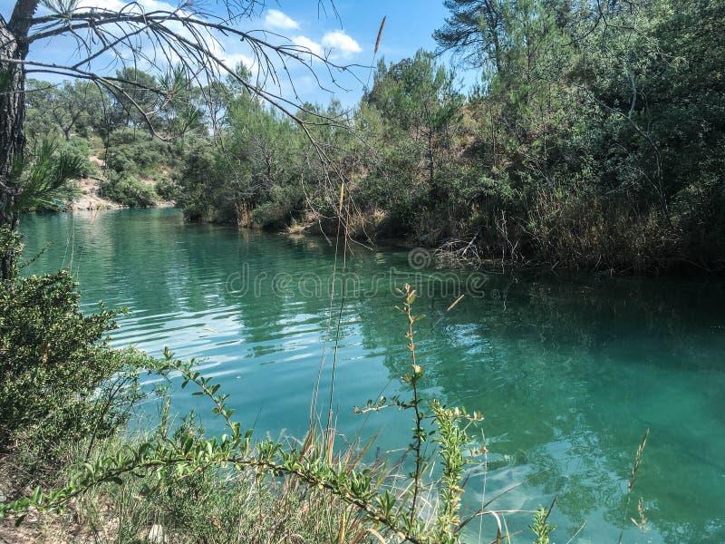 Lac d ` Esparron, balade en Provence fotografia royalty free