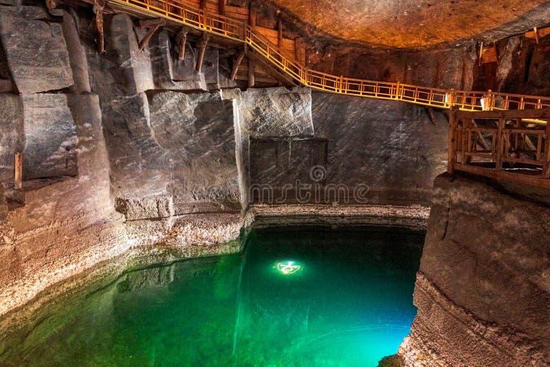 Lac dans la mine de sel de Wieliczka, Pologne image libre de droits