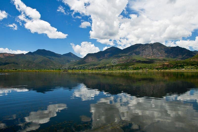 Lac dans le sud-ouest de la Chine image stock
