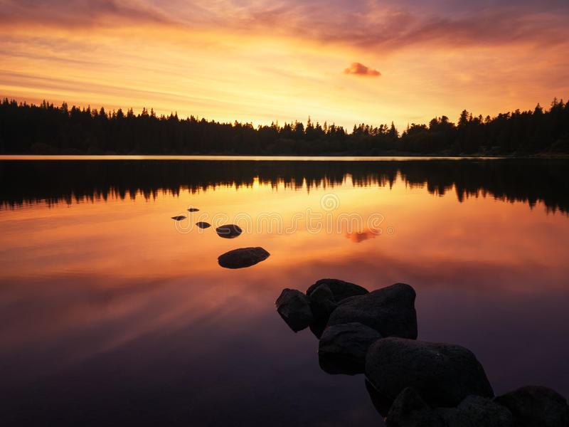 Download Lac De Servieres, Auvergne, Frankreich Stockbild - Bild: 78791153