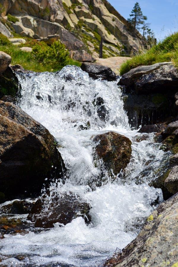 Lac des Bouillouses et Lacs du Carlit royalty-vrije stock afbeelding