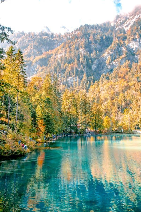 Lac en cristal de couleur de jade photos libres de droits