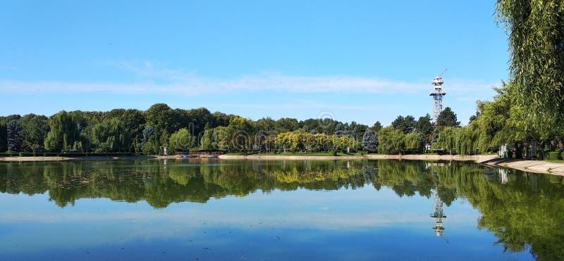 Lac en parc d'Olimpia images libres de droits