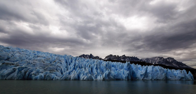 Lac et glacier gris, Torres del Paine, Chili photographie stock