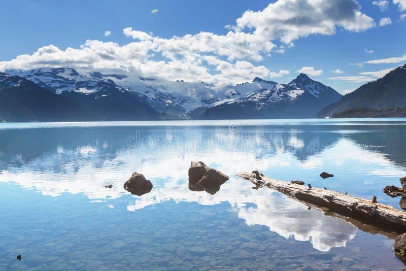 Download Lac Garibaldi photo stock. Image du britannique, voyage - 76076464