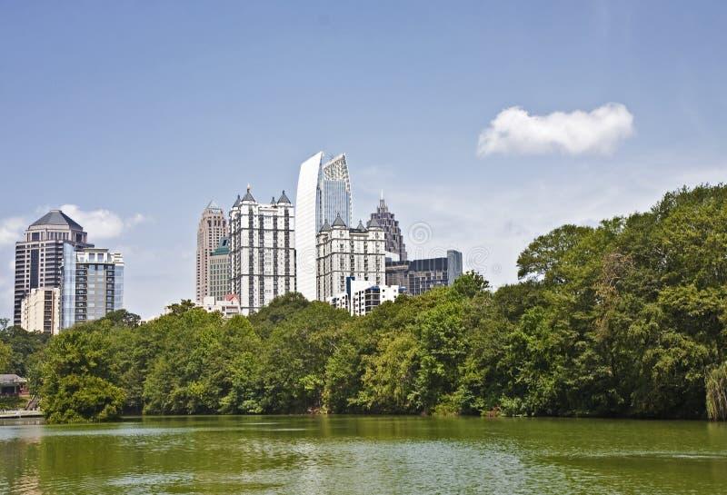 Lac green de passé d'horizon d'Atlanta photos libres de droits