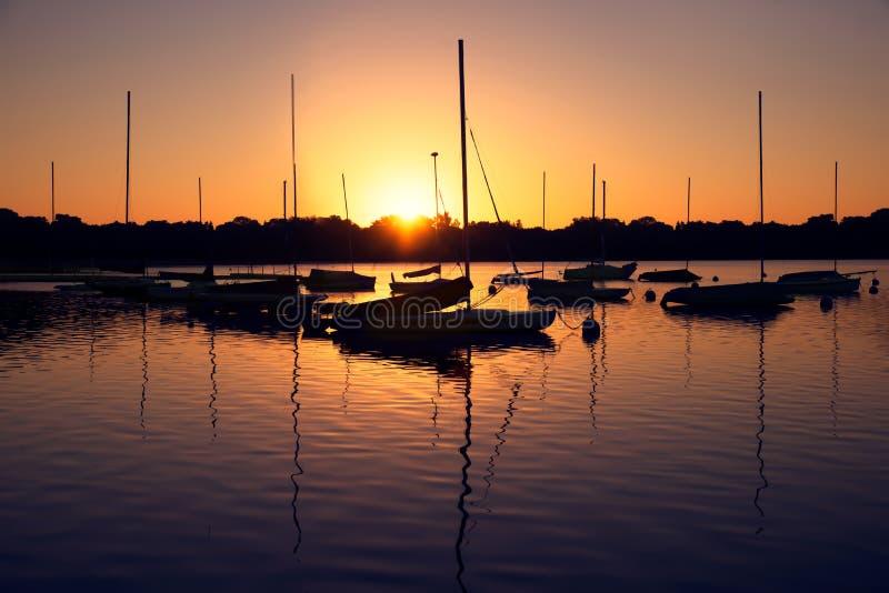Lac Harriet au lever de soleil photos libres de droits