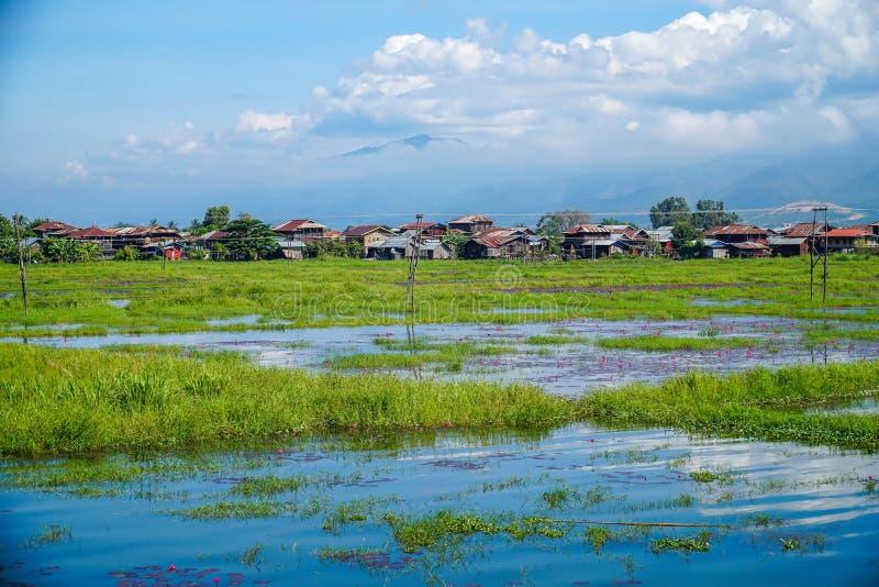 Lac Inle en Sunny Weather dans Myanmar Birmanie images libres de droits