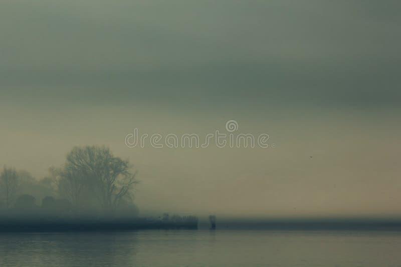 Lac ioannina dans la région d'Épire, Grèce Vue panoramique artistique images libres de droits