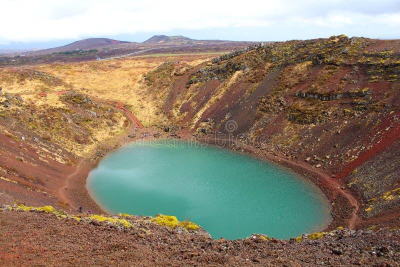 Lac islandais Kerið Kerith ou Kerid de paysage images libres de droits