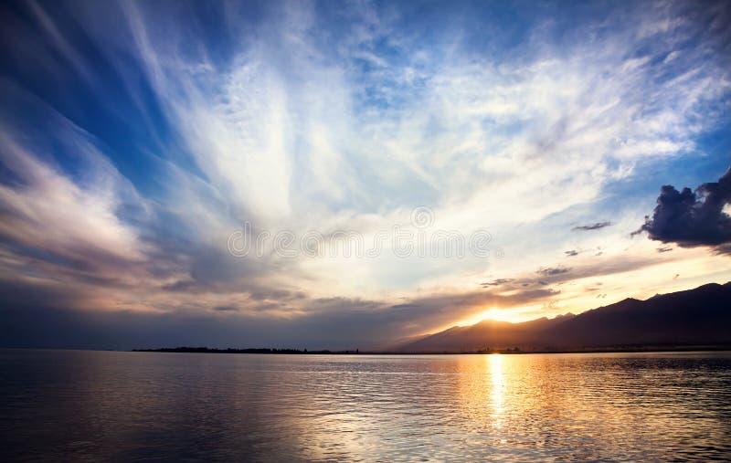Lac Issyk Kul images libres de droits