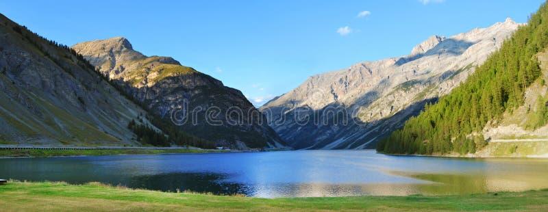 Lac Livigno image libre de droits