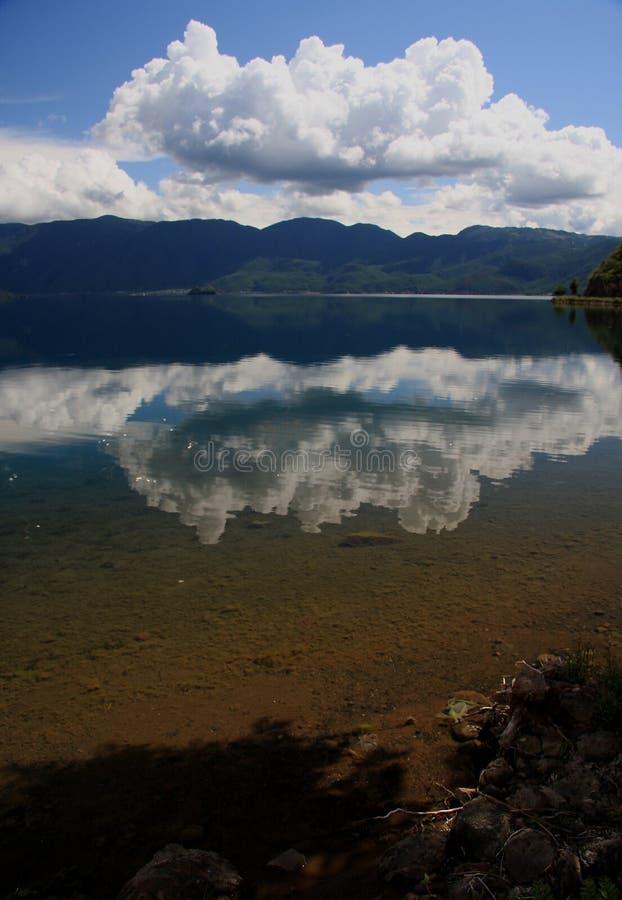 Lac Lugu, Lijiang, Yunnan, Chine photo libre de droits