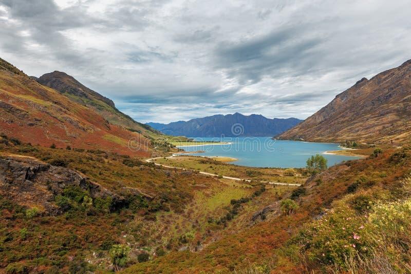 Lac magnifique Hawea, île du sud, Nouvelle-Zélande photographie stock