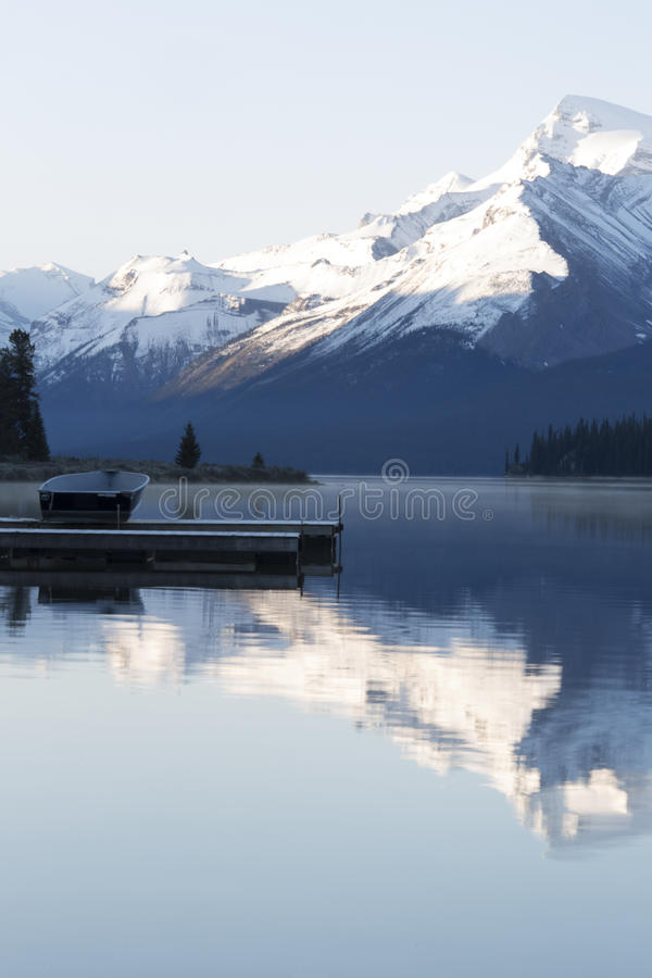 Lac Maligne photographie stock