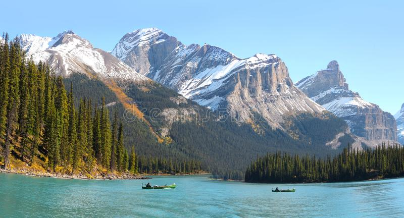 Lac Maligne en Jasper National Park photos stock